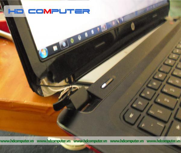 Laptop bị bung bản lề